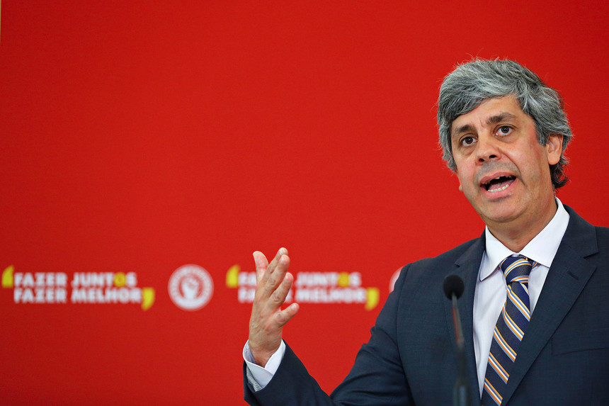 Manovra, il ministro Tria lascia in anticipo l'Ecofin e torna a Roma