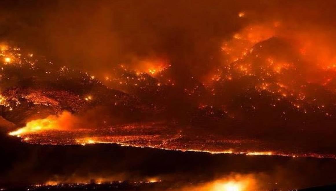 Usa - Incendi in California, brucia la Napa Valley. Oltre 1.800 persone evacuate