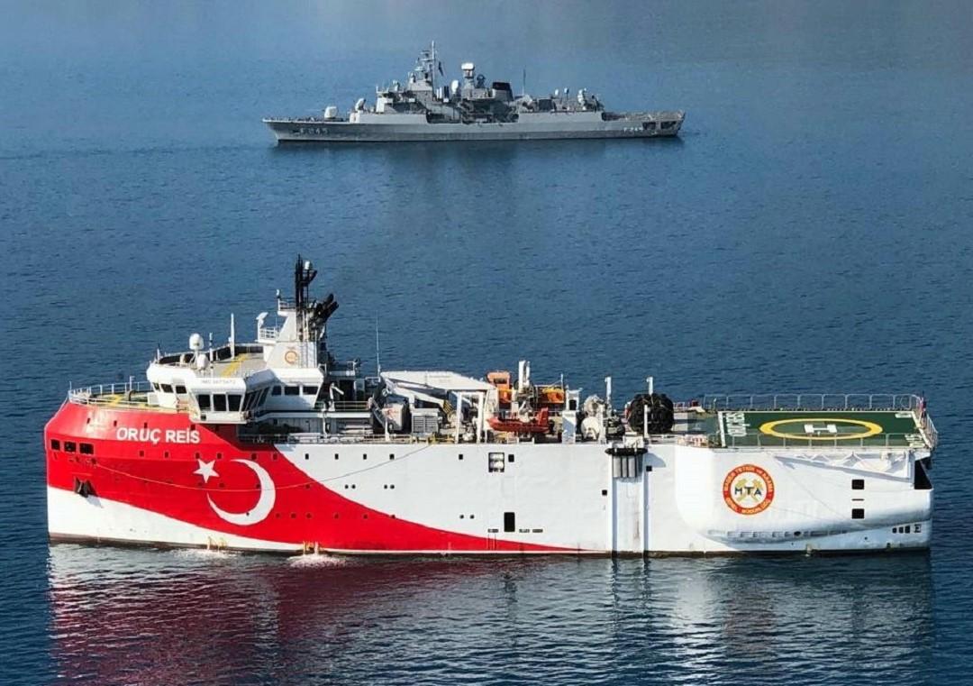 Nave turca Oruc Reis torna nell'Egeo