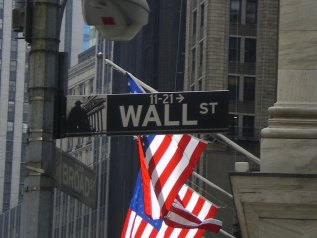 "È ""the day after"" a Wall Street, ma la tensione resta alta sui mercati"