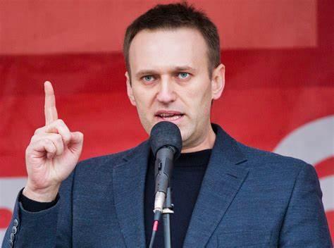 Avvelenamento Navalny. Mosca convoca ambasciatori Francia, Germania e Svezia