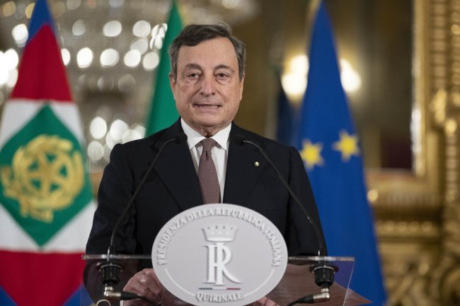 Drugstore: 2 governi in 1. Draghi come Conte ...