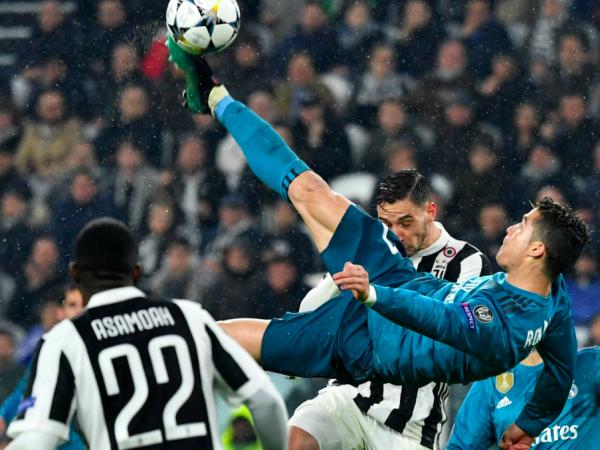 La Bicicletta Di Ronaldo Porta Giù Il Titolo Della Juventus Sport